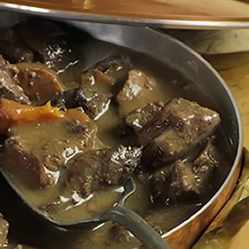 civet de chevreuil cuisin au vin de bergerac foie gras h l ne mudry la petite p rigourdine. Black Bedroom Furniture Sets. Home Design Ideas